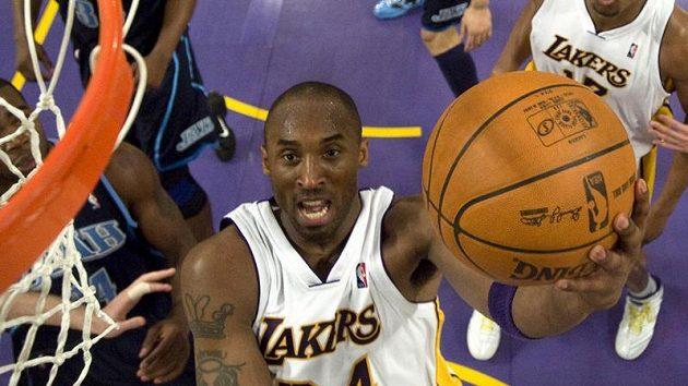 Kobe Bryant nebyl v zápase s Utahem k udržení.