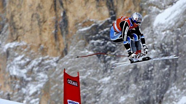 Norský lyžař Aksel Lund Svindal na trati ve Val Gardeně