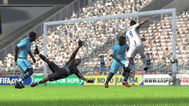 FIFA 10 bude lepší, hezčí a fotbalovější i díky naslouchání fanouškům!