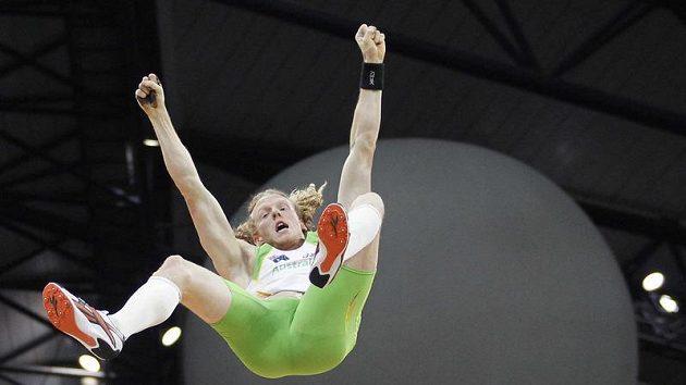 Steven Hooker letící