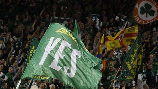 Fanoušci irských fotbalistů během baráže o ME s Estonskem