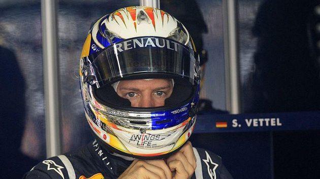 Tréninky na Velkou cenu Číny formule 1 byly v režii Sebastiana Vettela.