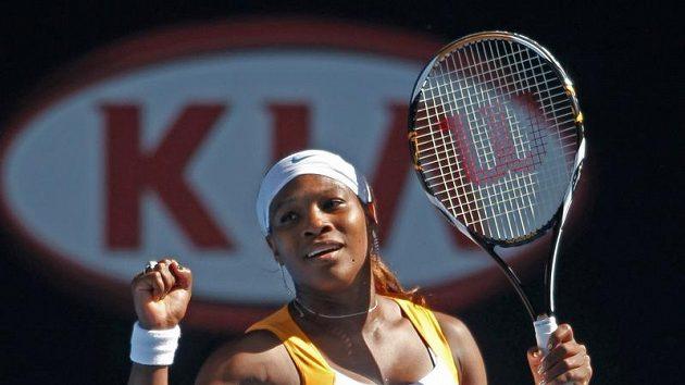 Americká tenistka Serena Williamsová se raduje z postupu do finále Australian Open.