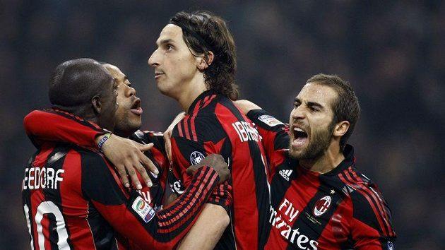 AC Milán se musí proti Plzni obejít bez Aquilaniho.