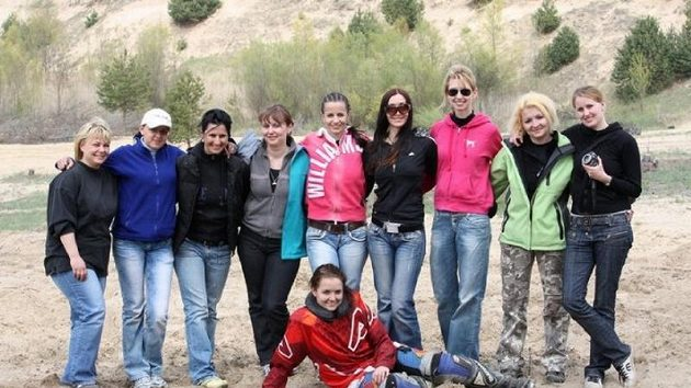 Deset žen, které usilují o start v Rallye Dakar.
