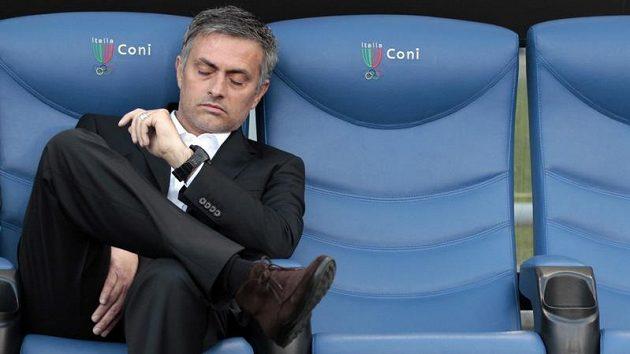 Trenér Interu Milán Jose Mourinho při zápase s AS Řím.