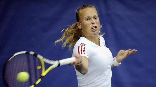 Dánka Caroline Wozniacká během semifinále tenisového turnaje v New Havenu
