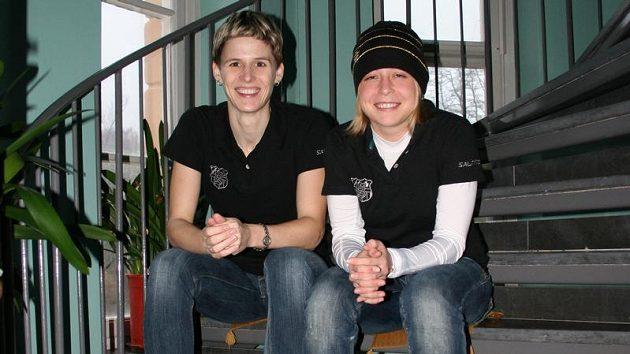 Dcery slavných otců a úspěšné florbalistky Magdalena Šindelová (vlevo) a Anet Jarolímová.