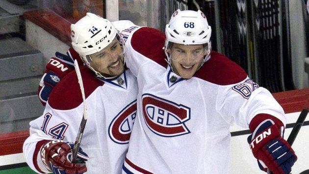 Tomáš Plekanec (vlevo) se raduje z gólu do sítě Winnipegu.