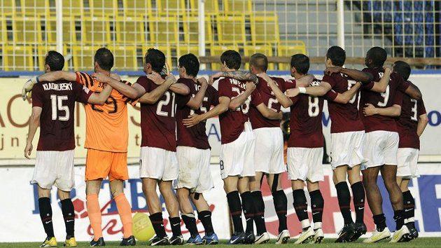 Fotbalisté Sparty by se raději Sarajevu vyhnuli.