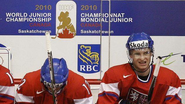 Zklamaní čeští hokejisté.