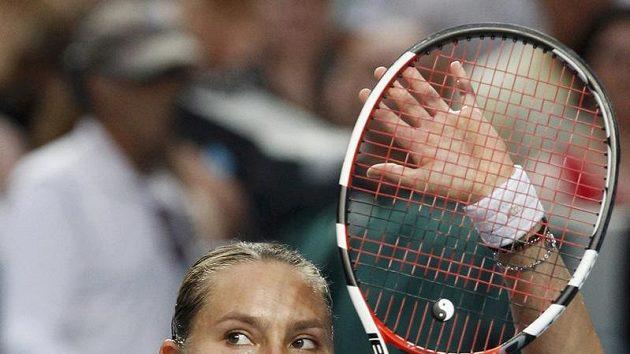 Ruska Naďa Petrovová se raduje z vítězství na Australian Open.
