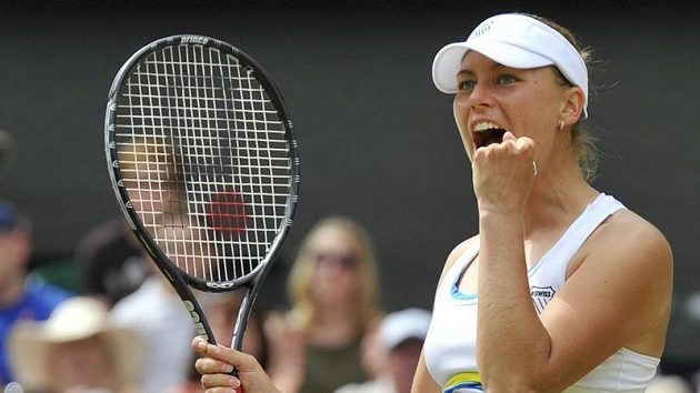 Věra Zvonarevová po postupu do finále Wimbledonu