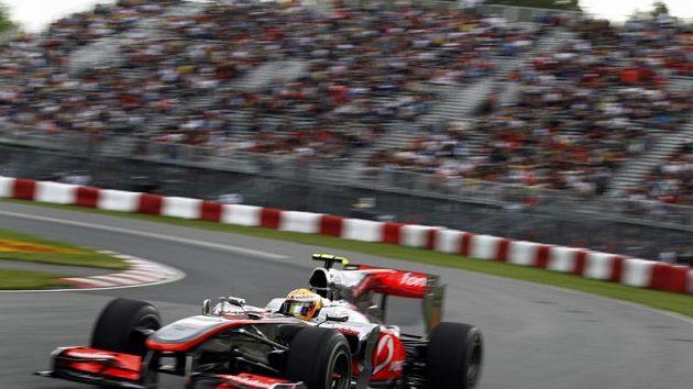 Britský pilot ze stáje McLaren Lewis Hamilton během kvalifikace na Velkou cenu Kanady.