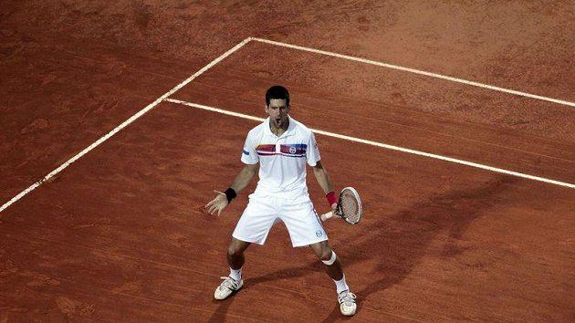 Novak Djokovič po výhře nad Nadalem v Římě