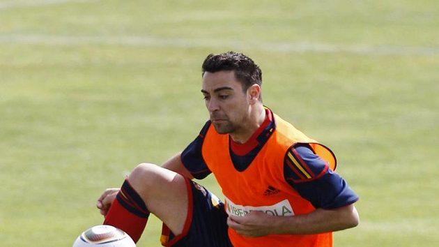 Španělský fotbalista Xavi na tréninku