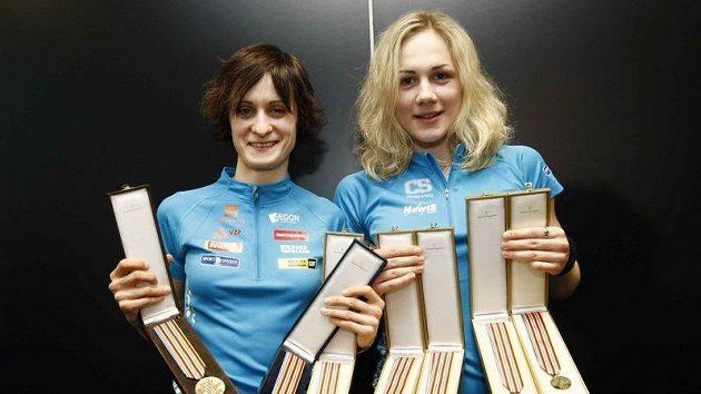 Rychlobruslařky Martina Sáblíková (vlevo) a Karolína Erbanová již nebudou trénovat společně