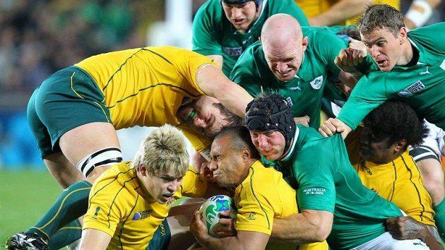 Ragbisté Irska v zeleném se v souboji s Austrálií postarali o první překvapení na MS. Do čtvrtfinále však prošly oba týmy.