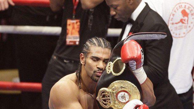 Boxer David Haye, když získal světový titul. Teď odchází do důchodu.