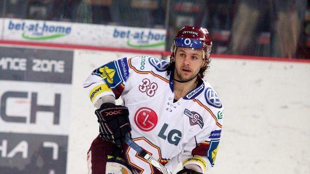 Obránce Sparty Jan Hanzlík vstřelil Kladnu dva góly.
