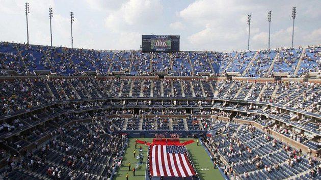 Ceremoniál před mužským finále US Open.