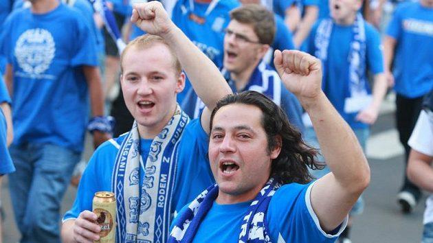 Řada fanoušků Poznaně se na stadión nedostane.