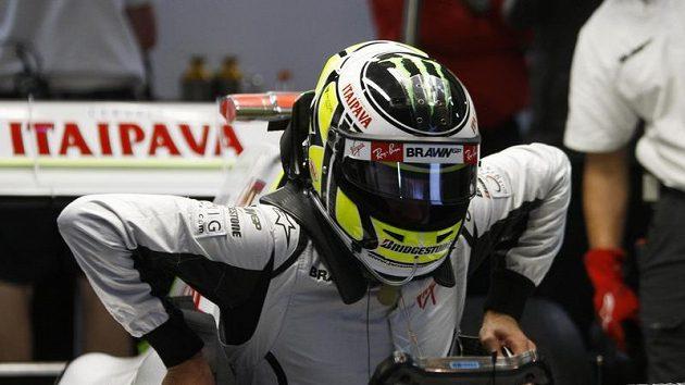 Jenson Button před začátkem kvalifikace VC Brazílie
