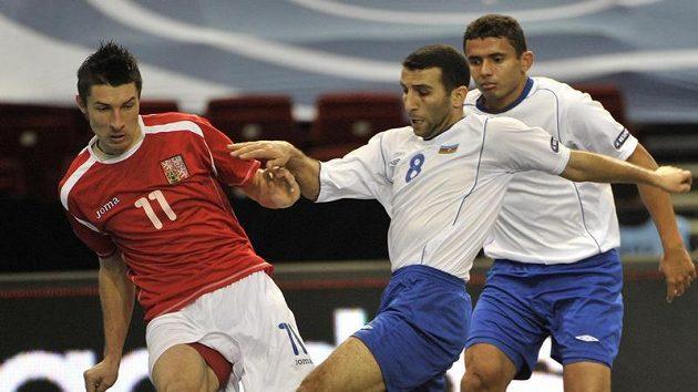 Michal Belej (vlevo) v souboji s Biro Jadem z Ázerbajdžánu. Ilustrační foto.
