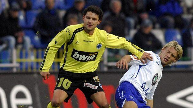 Ivan Hodúr (vlevo) ještě v dresu Slovanu Liberec.