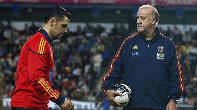 Trenér španělských fotbalistů Vicente Del Bosque (vpravo)