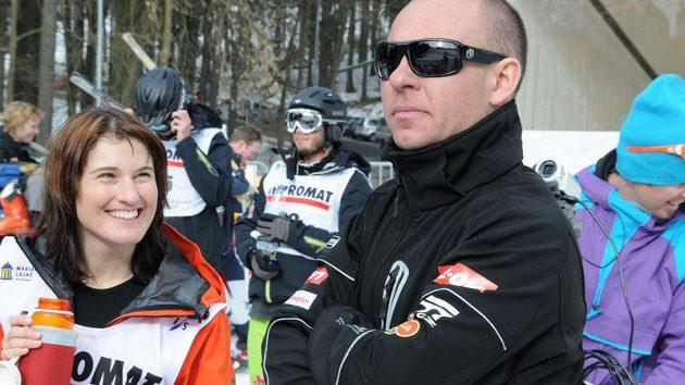 Nikola Sudová se svým koučem Radkem Herotem.