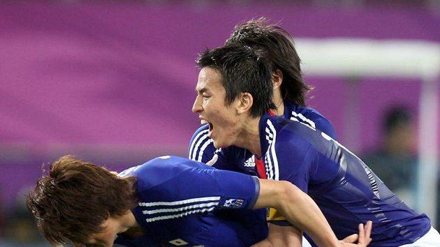 Japonec Tandari Lee rozhodl finále fotbalového mistrovství Asie.
