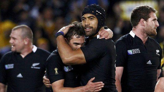 Ragbisté Nového Zélandu se radují z postupu do finále mistrovství světa.