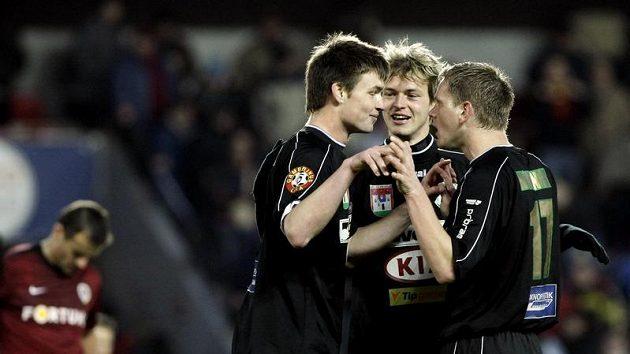 Fotbalisté Příbrami (zleva) Tomáš Wágner, Tomáš Borek, a Stanislav Nohýnek. Ilustrační foto.