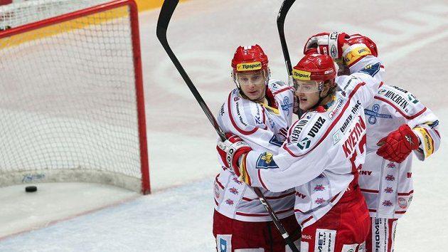 Hokejisté Třince mají nakročeno vyhrát základní část extraligy a získat Prezidentský pohár.