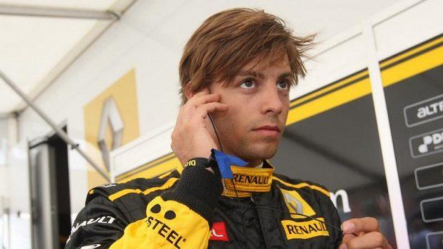 Jan Charouz závod odstartoval.