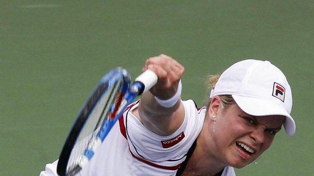 Kim Clijstersová při podání