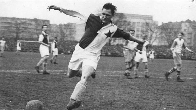 Slavia nesmí využívat portrét legendárního Josefa Bicana.