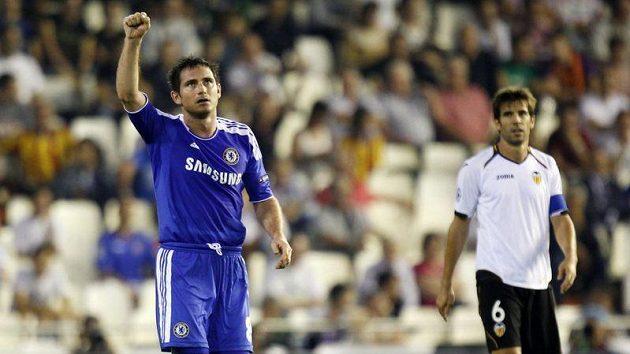 Frank Lampard oslavil svůj 350. zápas v dresu Chelsea hattrickem