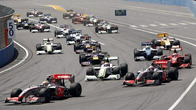 Vozy formule 1 - ilustrační foto