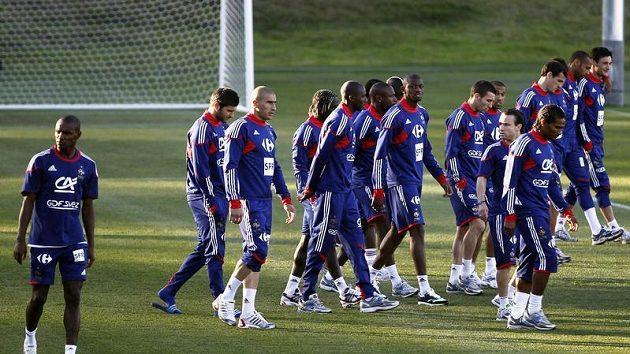 Francouzští fotbalisté během tréninku na MS