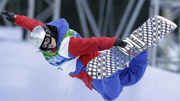 Snowboardistka Pančochová postoupila v U-rampě do semifinále.