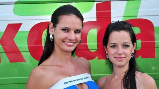 Eva Šlapetová (vlevo) a Aneta Smolíková při Bohemia rallye.