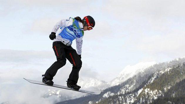 Kanadská showboardcrossařka Maelle Rickerová během olympijského závodu ve Vancouveru