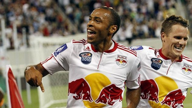 Thierry Henry (vlevo) v dresu New York Red Bulls.