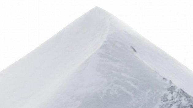 Český lyžař Ondřej Bank na sjezdovce ve Wengenu