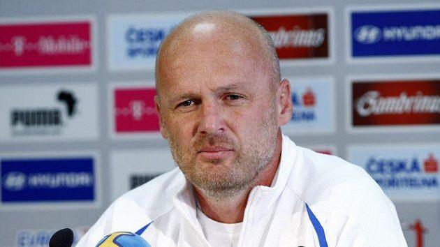 Trenér české fotbalové reprezentace Michal Bílek první cíl splnil a do baráže postopupil.