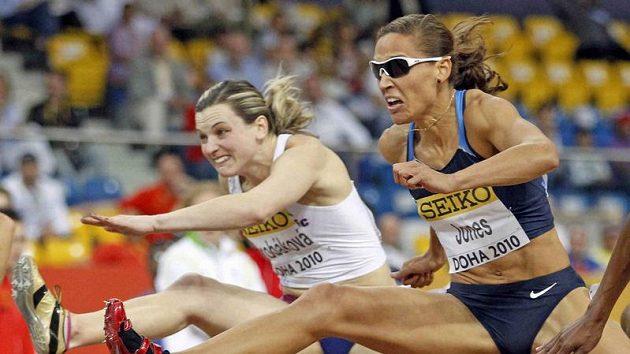 Lucie Škrobáková (vlevo) se v Ostravě utká se slavnou LoLo Jonesovou.