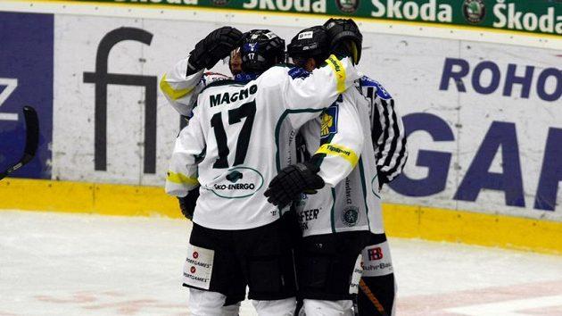 Hokejisté Mladé Boleslavi oslavují - ilustrační fotografie