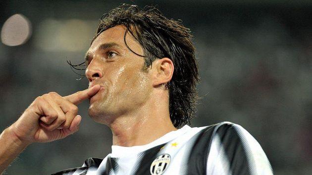 Luca Toni ještě v dresu Juventusu.